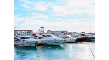 Как можно обеспечивать себе жизнь путешествуя на яхте?